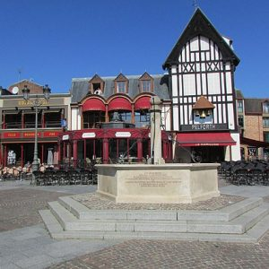 Saint-Quentin tourist guide